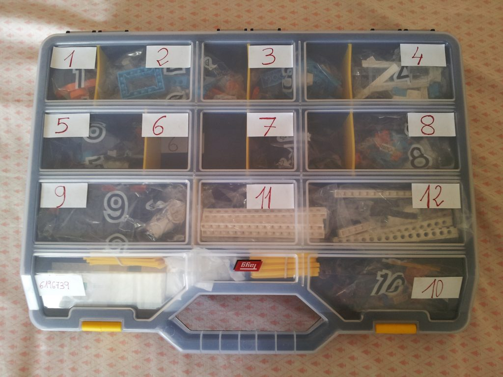 Box for the LEGO BOOST kit